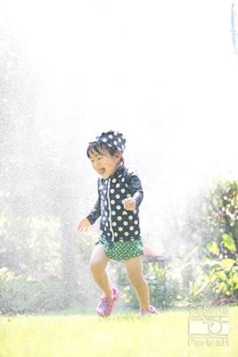 子供 望遠レンズ 水遊び